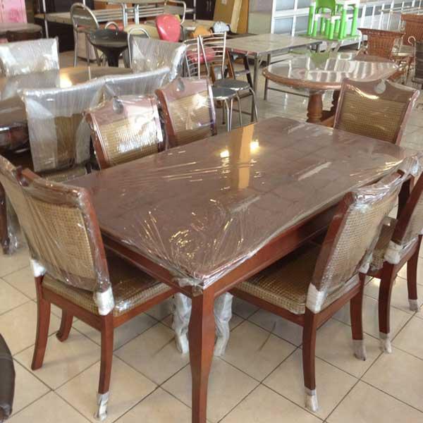 โต๊ะไม้ขาแชมเปญ สำหรับร้านอาหาร ร้านกาแฟ